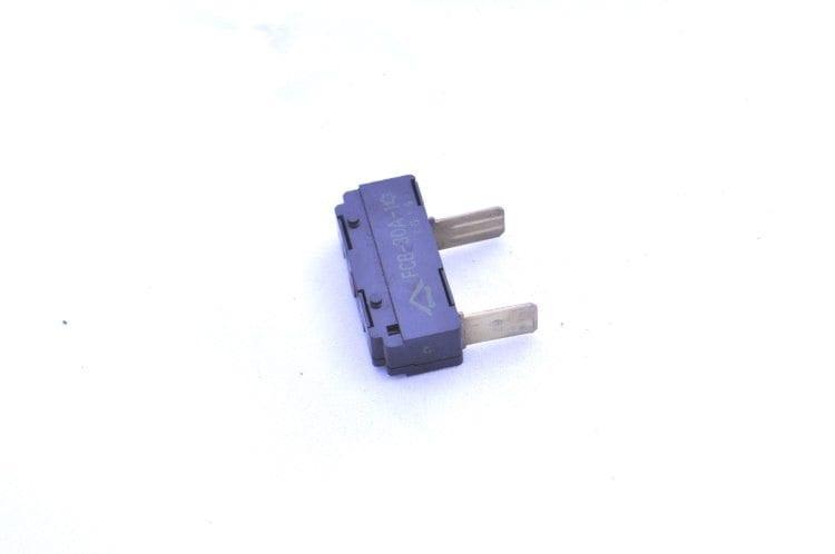 mx5 heater circuit breaker fuse fcb 30a 1 used. Black Bedroom Furniture Sets. Home Design Ideas